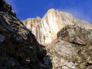 Foto: Datzi / Wander Tour / Rundtour am Steineren Meer über den Hochseiler ( Biwak ) - Brandhorn und Selphorn / Der Aufstieg durch die Teufelslöcher ( 1 Std. nach dem Gewitter ) / 07.12.2008 18:37:39