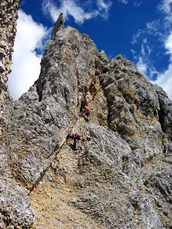 Foto: Datzi / Klettersteig Tour / Rundtour 2. Tage über die Hohe Gamsfeldspitze zur Scheichenspitze ( Biwak ) / Die schwierigste Kletterstelle auf diesen Klettersteig (C) . Ein senkrechter Ausstieg / 08.12.2008 08:24:05