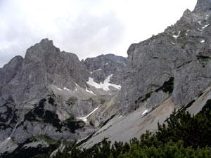 Foto: Datzi / Klettersteig Tour / Rundtour 2. Tage über die Hohe Gamsfeldspitze zur Scheichenspitze ( Biwak ) / Der Blick von Burgleiten zum Einstieg ins Edelgrieß / 07.12.2008 20:59:55