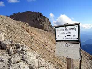 Foto: Datzi / Klettersteig Tour / Rundtour 2. Tage über die Hohe Gamsfeldspitze zur Scheichenspitze ( Biwak ) / Die Tafel die den weg zum Klettersteig anzeigt ( Hier steht nur für Geübte Bergsteiger ) / 07.12.2008 21:00:23