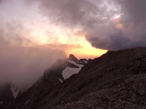Foto: Datzi / Klettersteig Tour / Rundtour 2. Tage über die Hohe Gamsfeldspitze zur Scheichenspitze ( Biwak ) / Sonnenuntergang auf der Scheichenspitze / 08.12.2008 08:30:07