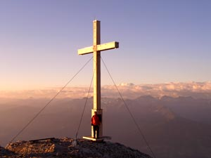 Foto: Datzi / Klettersteig Tour / Rundtour 2. Tage über die Hohe Gamsfeldspitze zur Scheichenspitze ( Biwak ) / Sonnenaufgang auf der Scheichenspitze / 08.12.2008 08:30:15