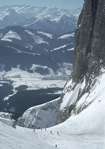Foto: Kurt Schall / Ski Tour / Ellmauer Tor 2006 m / 11.12.2008 13:50:57