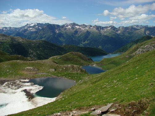 Foto: Lago Ritom / Wander Tour / Sieben Seen Wanderung / Blick auf drei Seen (Taneda, Tom und Ritom) / 13.12.2008 01:42:45