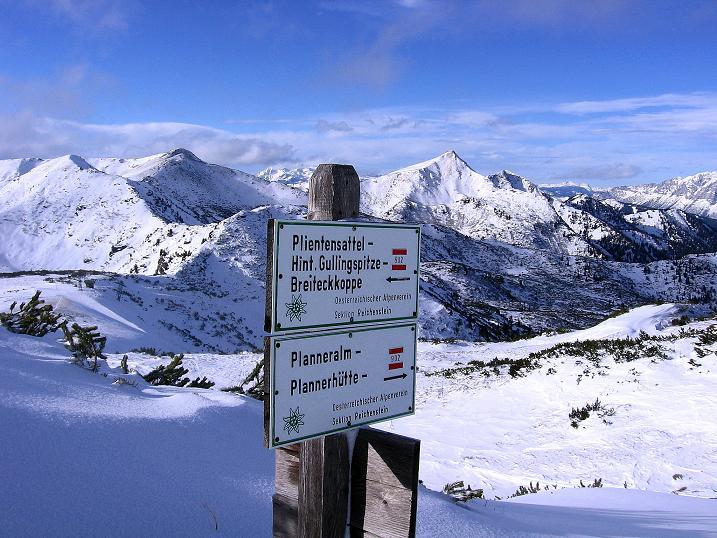 Foto: Andreas Koller / Ski Tour / Vom Plannerkessel in den Gullinggraben (2054m) / Wegweiser kurz unterhalb des Großen Rotbühel / 15.12.2008 01:39:38
