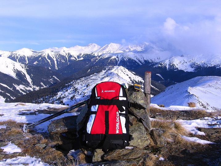 Foto: Andreas Koller / Ski Tour / Vom Plannerkessel in den Gullinggraben (2054m) / Blick vom Gipfel nach O / 15.12.2008 01:32:47