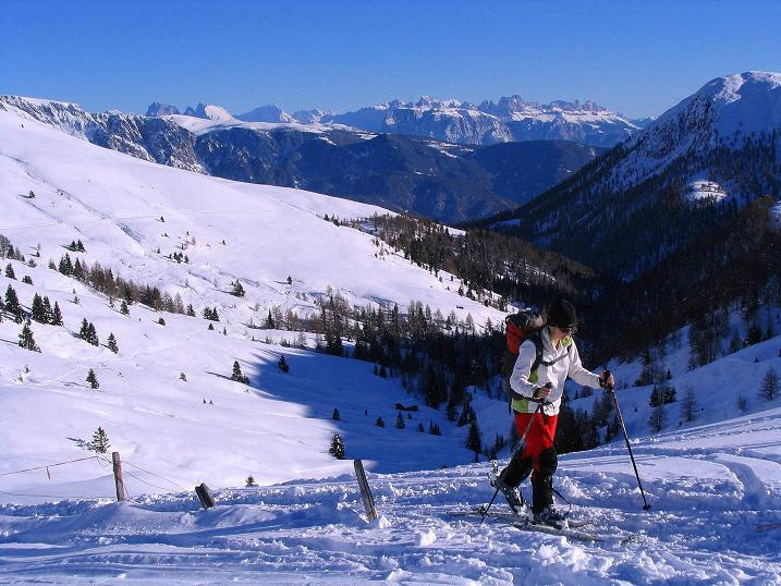 Foto: Andreas Koller / Ski Tour / Anfängertour auf den Spieler (2080m) / Von der Kuhseite Blick zum Langkofel (3181 m) / 15.12.2008 02:19:02