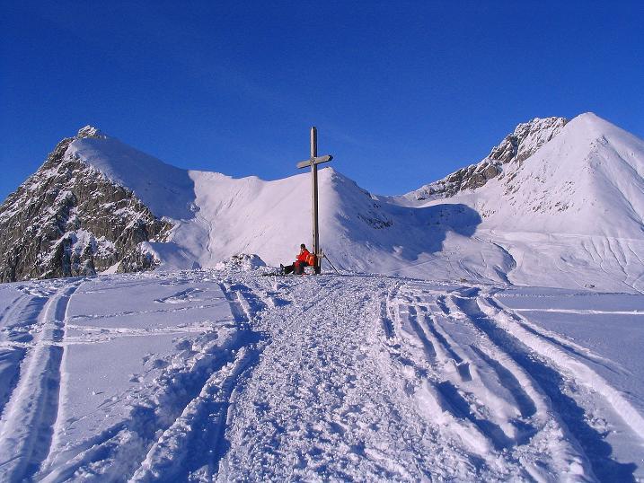 Foto: Andreas Koller / Ski Tour / Anfängertour auf den Spieler (2080m) / Großer Iffinger (2581 m), Spieler Gipfelkreuz und Verdinser Plattenspitze (2680 m) / 15.12.2008 02:11:19