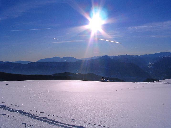 Foto: Andreas Koller / Ski Tour / Anfängertour auf den Spieler (2080m) / Blick vom Spieler nach SW / 15.12.2008 02:10:00