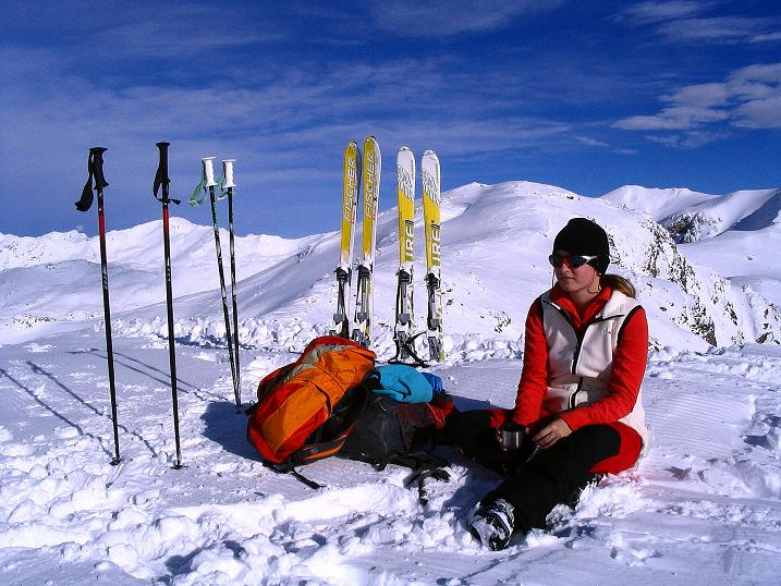 Foto: Andreas Koller / Ski Tour / Von Reinswald auf die Getrumspitze (2589m) / Rast auf der Sättlespitze / 15.12.2008 02:55:00