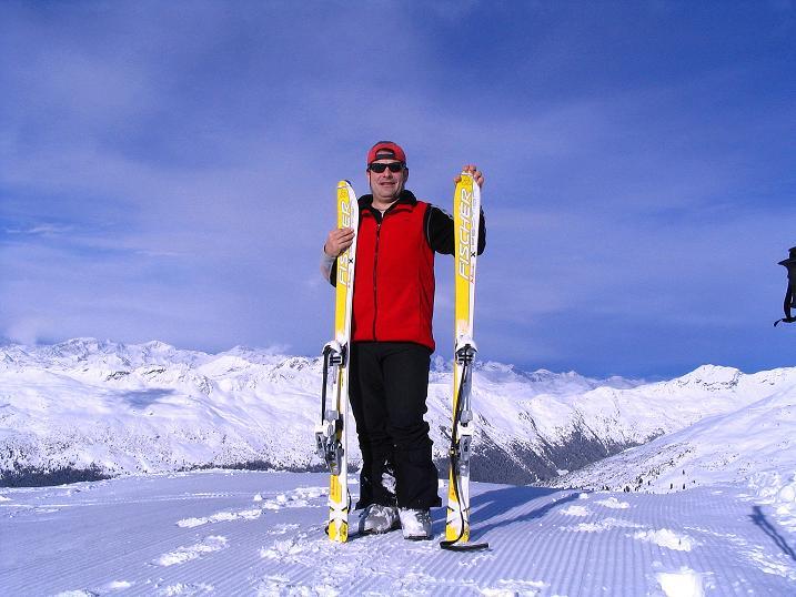 Foto: Andreas Koller / Ski Tour / Von Reinswald auf die Getrumspitze (2589m) / Auf der Sättlespitze mit Blick nach N / 15.12.2008 02:54:46