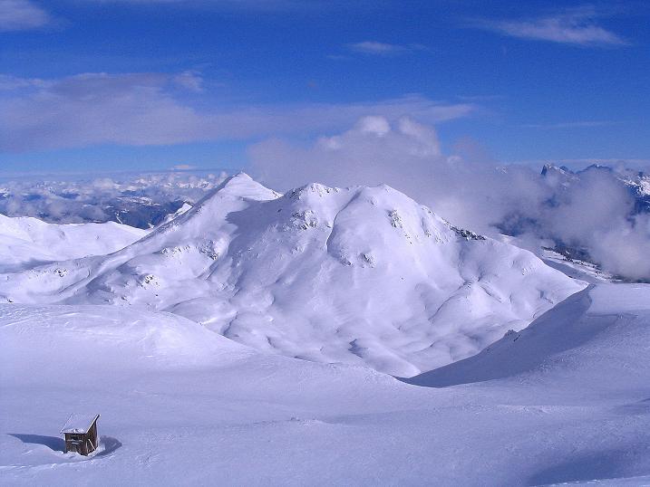 Foto: Andreas Koller / Ski Tour / Von Reinswald auf die Getrumspitze (2589m) / Vom Gipfelplateu zeigt sich im O die Kassianspitze (2581 m) / 15.12.2008 02:49:38