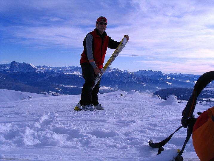 Foto: Andreas Koller / Ski Tour / Von Reinswald auf die Getrumspitze (2589m) / Abfellen am Blankenhorn / 15.12.2008 02:45:35
