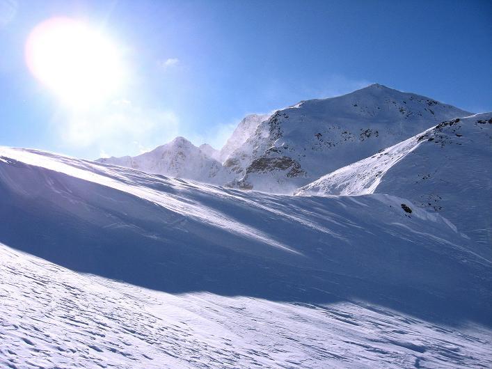 Foto: Andreas Koller / Ski Tour / Vom Durnholzer See auf das Schrotthorn (2590m)  / Fortschellscharte, Ritzlar (2528 m) und Kassianspitze (2581 m) / 16.12.2008 01:24:57
