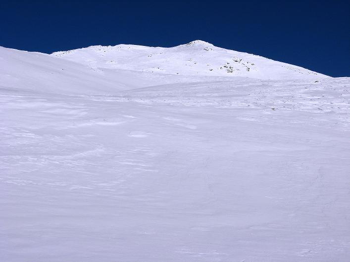 Foto: Andreas Koller / Ski Tour / Vom Durnholzer See auf das Schrotthorn (2590m)  / Die zu flach wirkende SW-Flanke des Plankenhorn / 16.12.2008 01:21:16