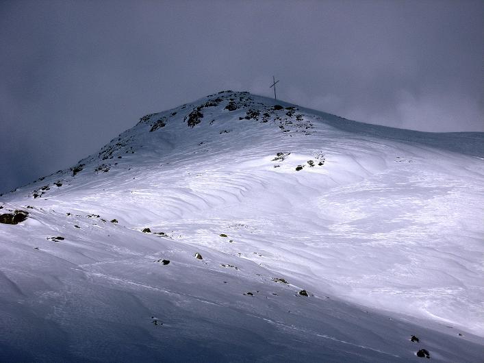 Foto: Andreas Koller / Ski Tour / Vom Durnholzer See auf das Schrotthorn (2590m)  / Licht und Schatten am Schrotthorn / 16.12.2008 01:12:58
