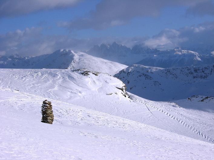Foto: Andreas Koller / Ski Tour / Vom Durnholzer See auf das Schrotthorn (2590m)  / Blick aus der Schalderer Scharte zu den Geislerspitzen (3025 m) / 16.12.2008 01:12:32