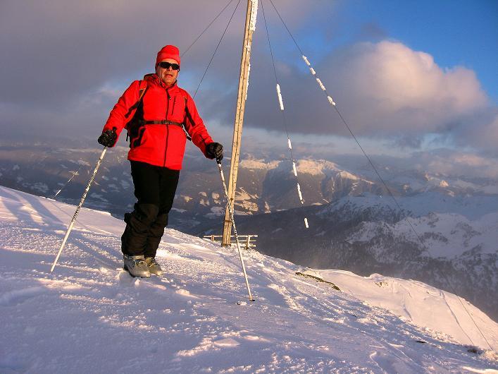 Foto: Andreas Koller / Ski Tour / Vom Durnholzer See auf das Schrotthorn (2590m)  / Langer Anstieg bis zum ersehnten Gipfel des Schrotthorn / 16.12.2008 01:10:09