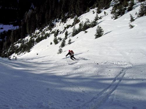 Foto: Kurt Schall / Ski Tour / Schüttkogel 2049 m, Schafzähne 1917 m, Horninger Zinken 1989 m, von Westen / Abfahrt Schüttkogel / 16.12.2008 13:07:39