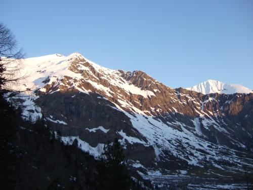 Foto: hofchri / Ski Tour / Rauriser Sonnblick (3106m) und Hocharn (3254m) von Kolm Saigurn / 16.12.2008 21:38:25