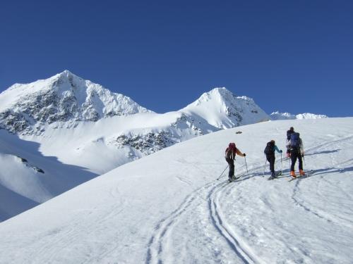 Foto: hofchri / Ski Tour / Rauriser Sonnblick (3106m) und Hocharn (3254m) von Kolm Saigurn / 16.12.2008 21:38:58