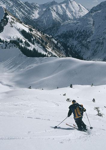 Foto: Kurt Schall / Ski Tour / Hintere Steinkarspitze 2215 m / 18.12.2008 08:40:43