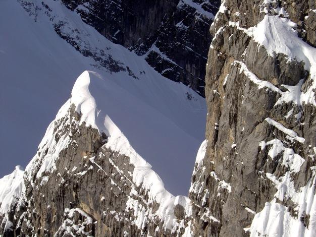 Foto: Manfred Karl / Ski Tour / Von der Wimbachbrücke auf das Dritte Watzmannkind / Fünftes Watzmannkind vom Dritten aus gesehen / 18.12.2008 08:53:09