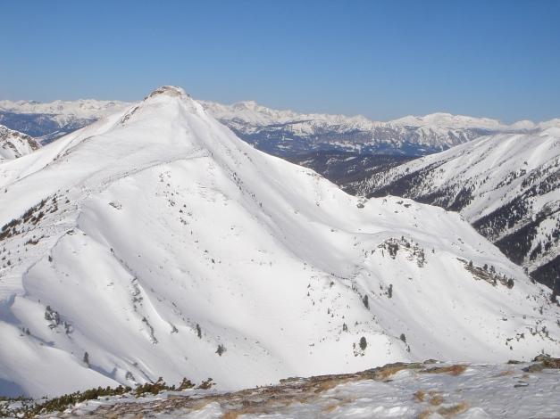 Foto: Manfred Karl / Ski Tour / Zwei leichte Gipfel über dem Kessel der Planneralm / Blick zur Schoberspitze / 18.12.2008 09:24:22