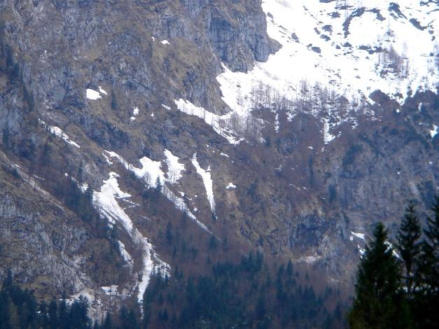 Foto: Manfred Karl / Ski Tour / Skihörndl - Frühjahrsklassiker in den Loferer Steinbergen / Der manchesmal kritische untere Teil des Anstieges / 18.12.2008 10:17:14