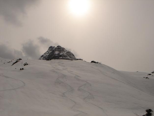 Foto: Manfred Karl / Ski Tour / Skihörndl - Frühjahrsklassiker in den Loferer Steinbergen / Fast immer kann man auch eigene Spuren ziehen / 18.12.2008 10:09:55