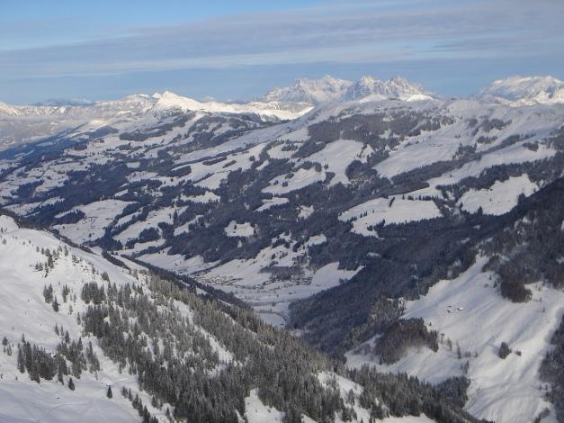 Foto: Manfred Karl / Ski Tour / Aus dem Windautal auf das Gerstinger Joch / Blick über das Spertental / 18.12.2008 10:40:54