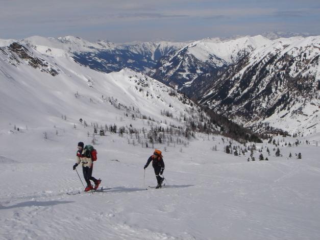 Foto: Manfred Karl / Ski Tour / Über das Kreekar auf das Schöderhorn / Im oberen Teil des Kreekares / 18.12.2008 11:25:16