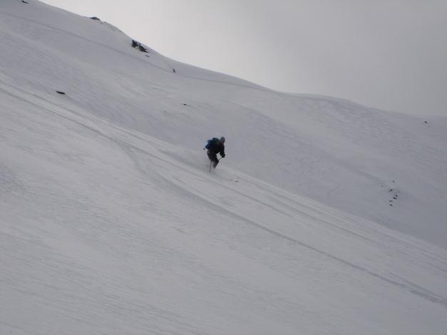 Foto: Manfred Karl / Ski Tour / Über das Kreekar auf das Schöderhorn / Bei günstigen Verhältnissen eine herrliche Abfahrt / 18.12.2008 11:23:44