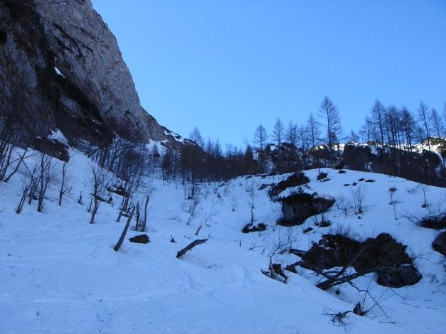 Foto: Manfred Karl / Ski Tour / Über die Laufener Hütte auf den Bleikogel / Das untere Kar / 18.12.2008 12:21:47