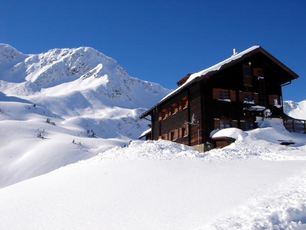 Foto: Manfred Karl / Ski Tour / Drei leichte Schigipfel über der Schwarzwasserhütte / Schwarzwasserhütte / 18.12.2008 17:04:23