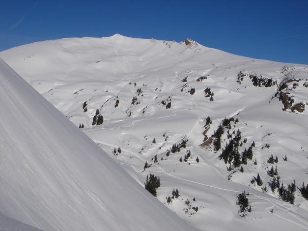 Foto: Manfred Karl / Ski Tour / Drei leichte Schigipfel über der Schwarzwasserhütte / Hählekopf vom Aufstieg zum Steinmandl / 18.12.2008 17:03:20
