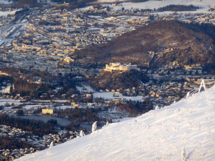 Foto: Manfred Karl / Skitour / Auf einen Hausberg der Salzburger Tourengeher / Abendsonne über Salzburg / 18.03.2015 20:45:37