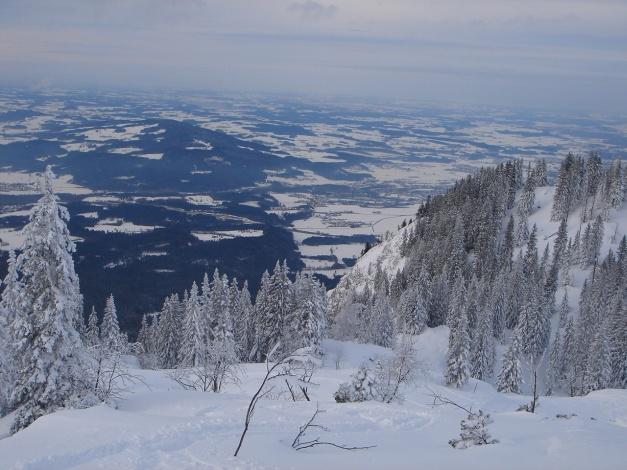 Foto: Manfred Karl / Skitour / Auf einen Hausberg der Salzburger Tourengeher / Blick ins Bayrische Voralpenland / 18.12.2008 17:46:47