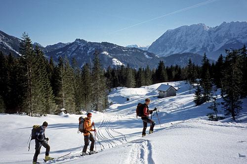 Foto: Kurt Schall / Ski Tour / Kampl 1685 m / Kampl, im Hintergrund Grimming / 19.12.2008 08:36:13