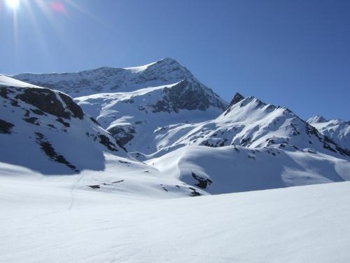 Foto: hofchri / Ski Tour / Hocheiser (3206 m) vom Enzingerboden via Rötenkogel / 19.12.2008 22:22:01