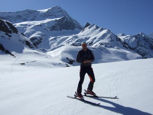 Foto: hofchri / Ski Tour / Hocheiser (3206 m) vom Enzingerboden via Rötenkogel / 19.12.2008 22:22:09