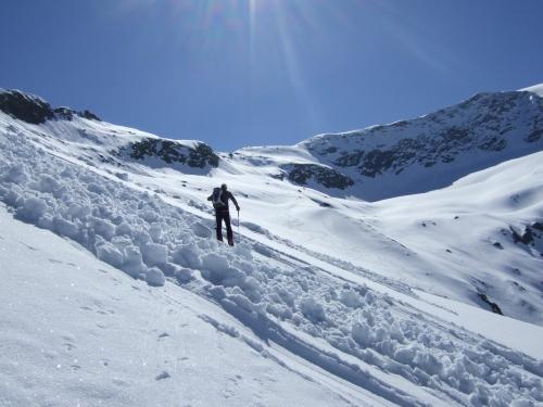 Foto: hofchri / Ski Tour / Hocheiser (3206 m) vom Enzingerboden via Rötenkogel / 19.12.2008 22:22:15