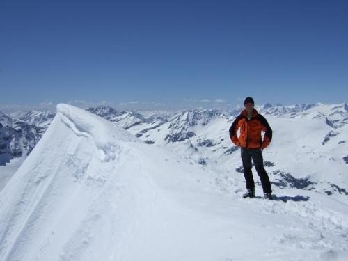 Foto: hofchri / Ski Tour / Hocheiser (3206 m) vom Enzingerboden via Rötenkogel / 19.12.2008 22:22:37