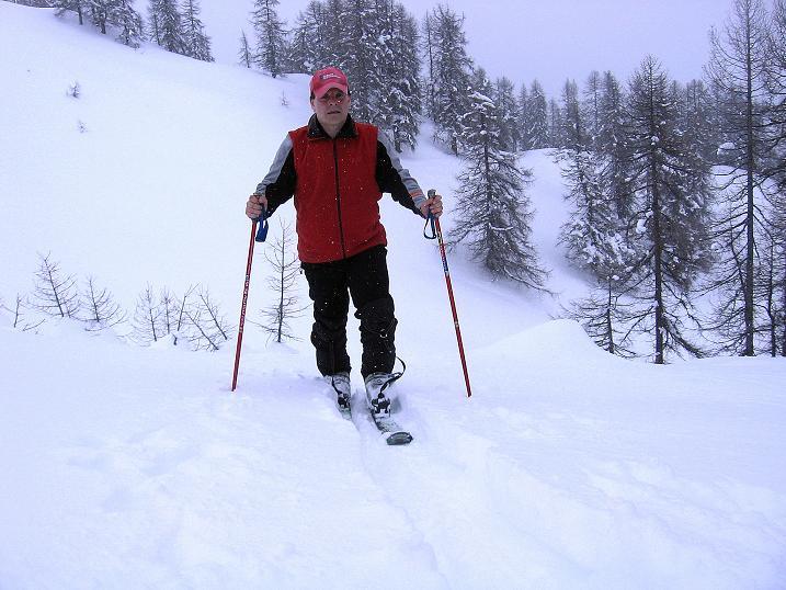 Foto: Andreas Koller / Ski Tour / Aus dem Val Müstair auf den Piz Dora (2951m) / Kurz nach Verlassen des Waldes auf der Era da la Bescha / 23.12.2008 16:15:00