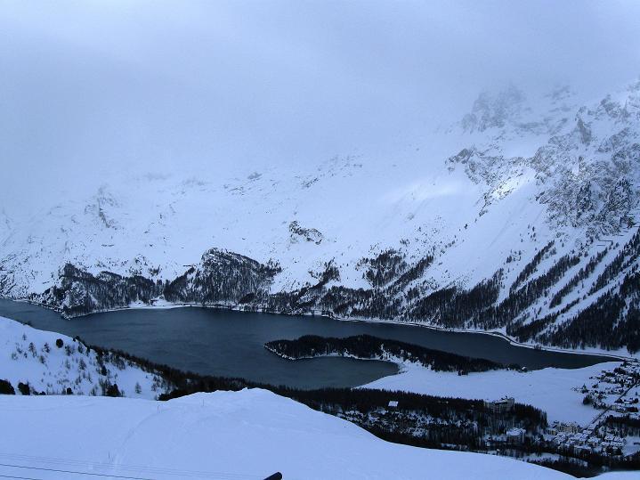 Foto: Andreas Koller / Ski Tour / Hoch über Sils auf die Furtschellas West (2840m) / Der Silsersee / 24.12.2008 00:53:16