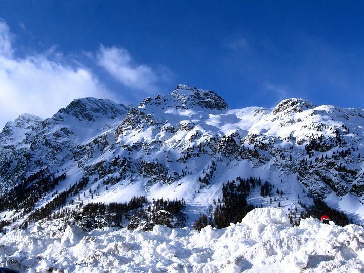 Foto: Andreas Koller / Ski Tour / Hoch über Sils auf die Furtschellas West (2840m) / Blick von Sils nach W / 24.12.2008 00:40:14