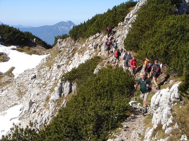Foto: Manfred Karl / Kletter Tour / Südwand III+ / Auch am Normalweg herrscht Hochbetrieb / 17.07.2009 17:51:45