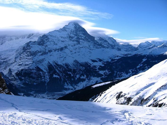 Foto: Andreas Koller / Schneeschuh Tour / Schneeschuh-Trail aufs Faulhorn (2681m) / Der Eiger (3970 m) vom First / 06.01.2009 23:54:04
