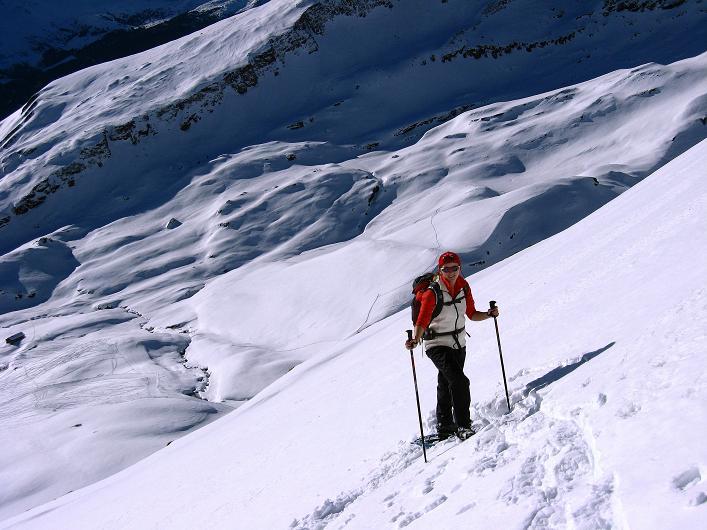 Foto: Andreas Koller / Schneeschuh Tour / Schneeschuh-Trail aufs Faulhorn (2681m) / Nicht sehr oft ist es so steil wie hier / 06.01.2009 23:49:06