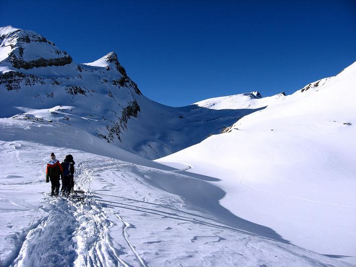 Foto: Andreas Koller / Schneeschuh Tour / Schneeschuh-Trail aufs Faulhorn (2681m) / Blick Richtung Faulhorn / 06.01.2009 23:41:30